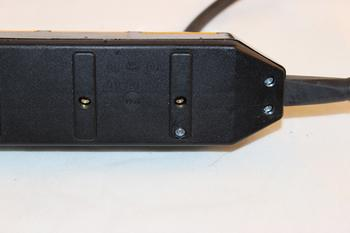 3-vägs grenuttag med självstängande lock